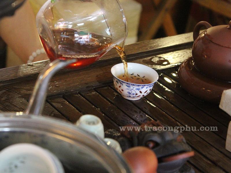 trà phổ nhĩ hương quít